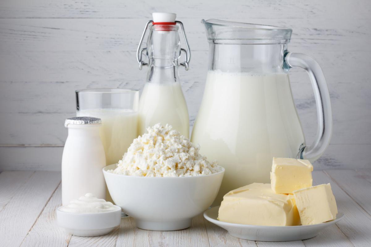 mléčné výrobky jsou zdrojem vitamínu A a zinku, obojí je důležité pro zdravé oči