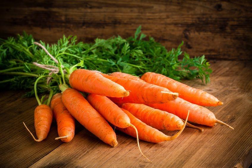 mrkev obsahuje pro oči důležitý betakaroten