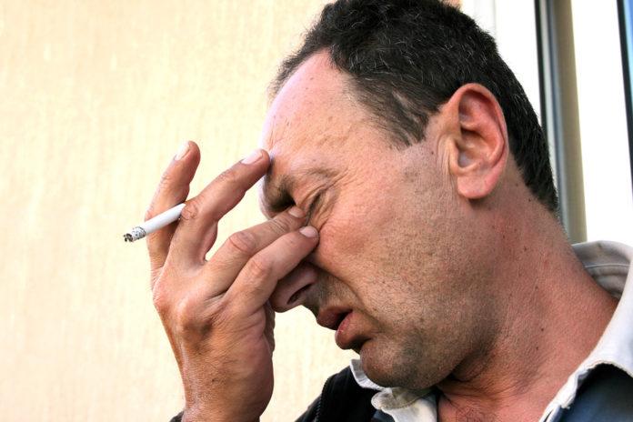 vliv kouření na zdraví očí